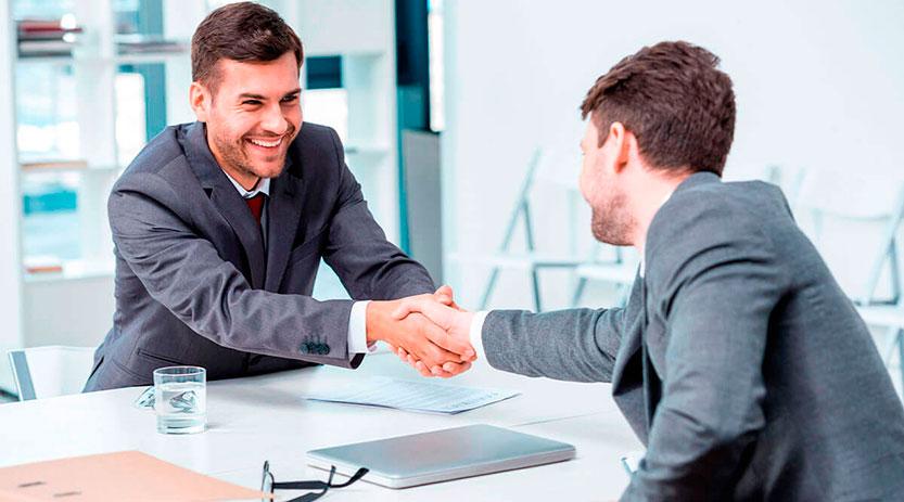 Diferencias entre un corredor de seguros y un agente de seguros